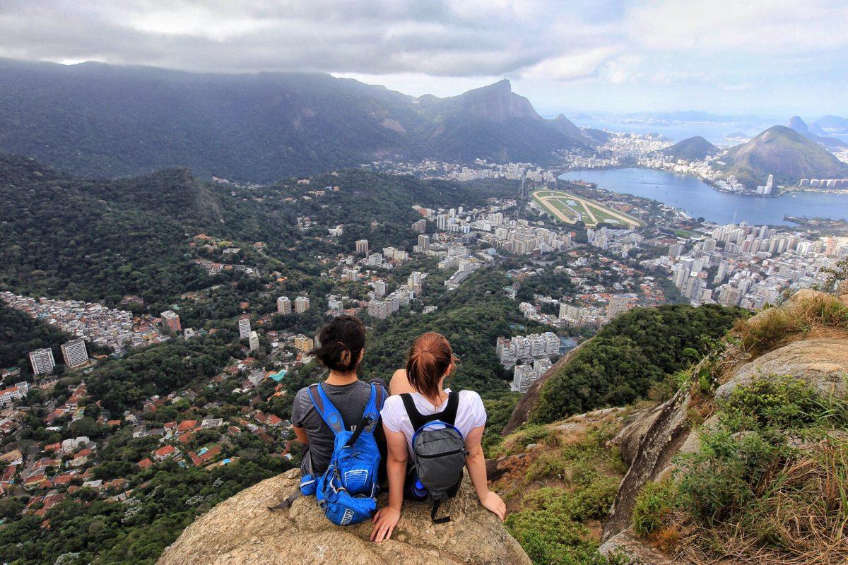 Hike Dois Irmãos Rio de Janeiro Brazil