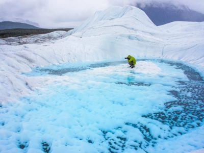 Hike Root Glacier Trail