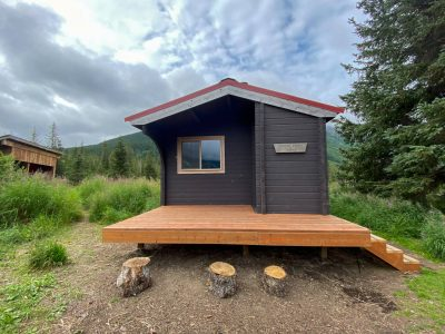 Crescent Saddle Cabin Review
