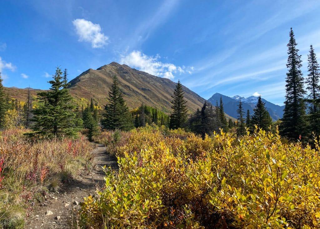 south fork eagle river alaska hikes