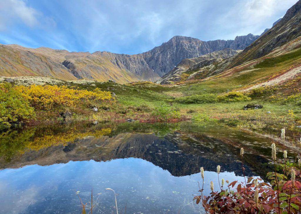 alpine lake alaska hiking trails